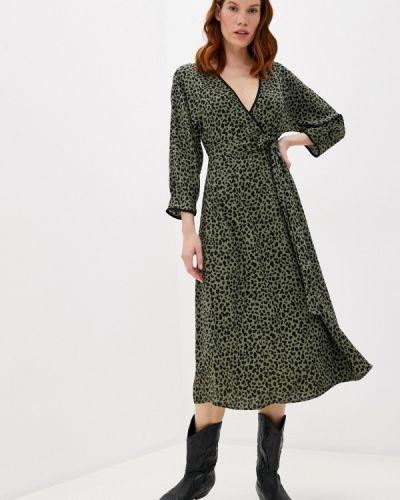 Зеленое платье с запахом Sela