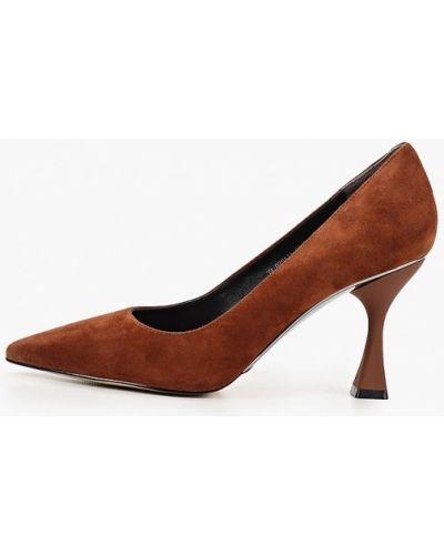 Велюровые коричневые туфли-лодочки Mascotte
