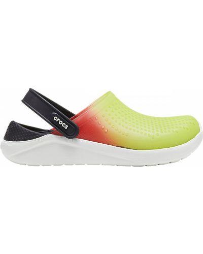 Мягкие желтые пляжные шлепанцы Crocs