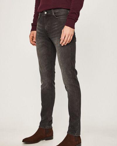Прямые джинсы с карманами с нашивками Mustang