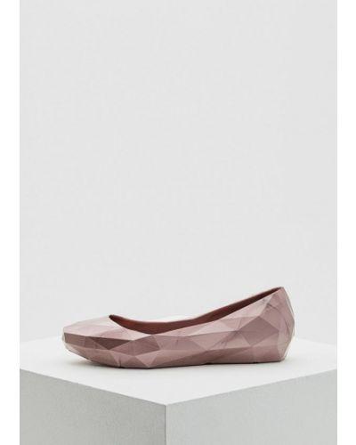 Розовые туфли для офиса United Nude