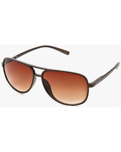 Коричневые солнцезащитные очки Piazza Italia