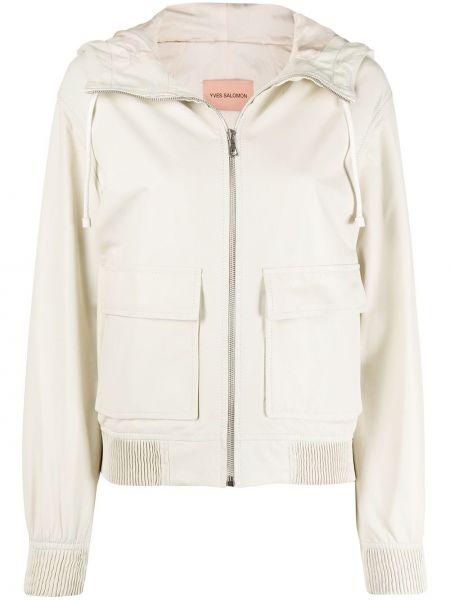 Приталенная куртка с капюшоном мятная с манжетами с карманами Yves Salomon