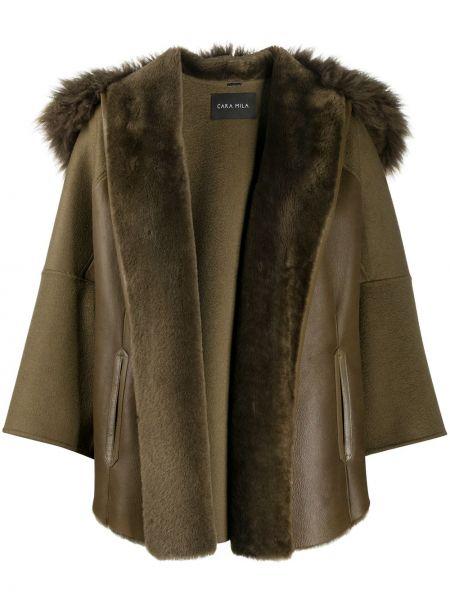 Зеленая кожаная куртка с капюшоном Cara Mila