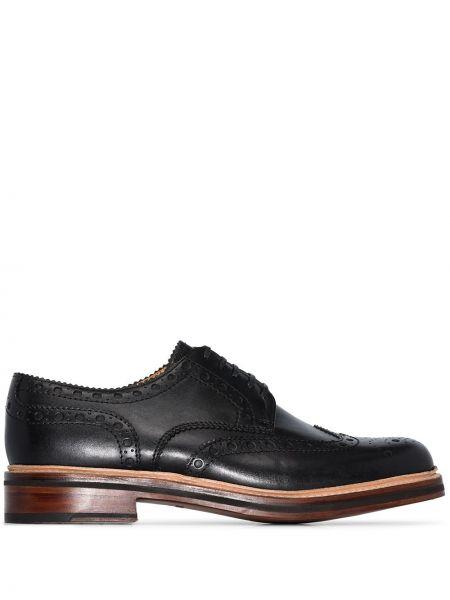 Кожаные черные броги на шнуровке на каблуке Grenson