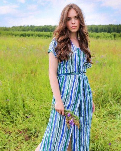 Пальто-халат короткое большое платье Lika Dress