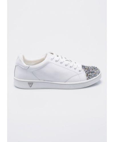 Белые кроссовки Guess Jeans