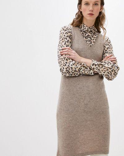 Трикотажное бежевое вязаное платье Gerard Darel