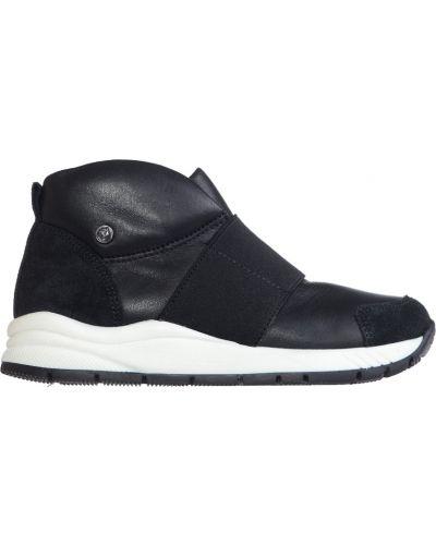 Черные кроссовки Naturino