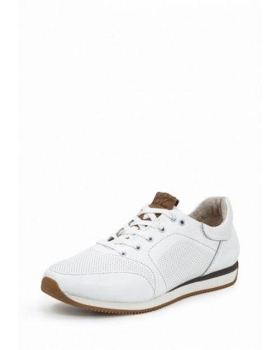 Белые кроссовки Golovin