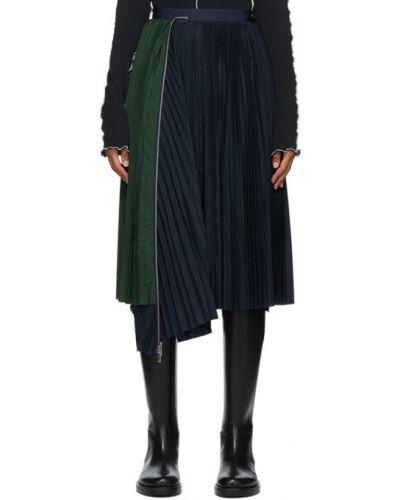 Сатиновая плиссированная черная юбка Sacai