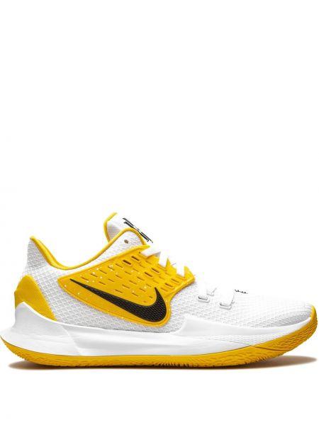 Кружевные белые кроссовки на шнурках Nike