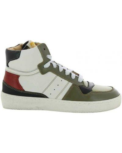 Zielone sneakersy Ocra