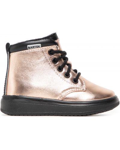 Ботинки - розовые Bartek