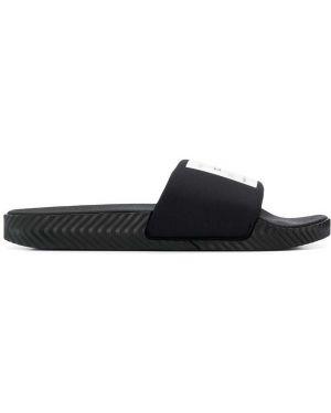 Резиновые шлепанцы - черные Adidas Originals By Alexander Wang