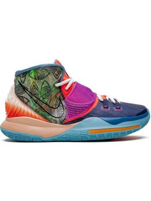 Фиолетовые кроссовки на каблуке Nike