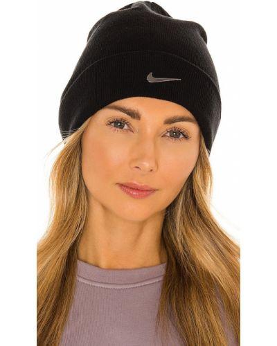 Акриловая черная шапка бини Nike