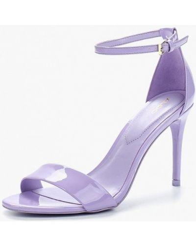 Фиолетовые босоножки лаковые Aldo