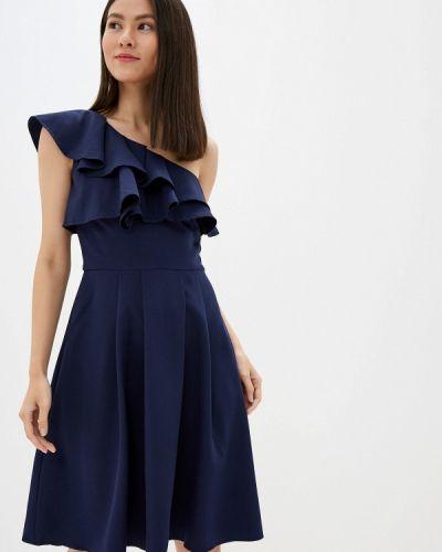 Платье с открытыми плечами осеннее Chi Chi London
