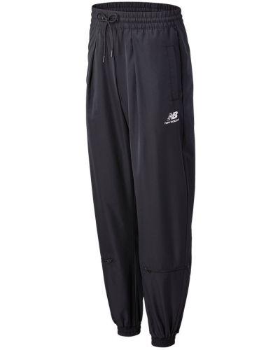 Черная юбка-шорты New Balance