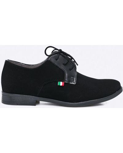 Черные туфли Kornecki