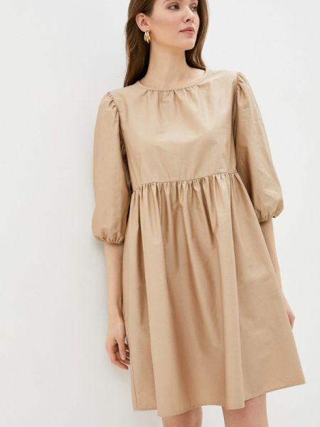 Платье прямое бежевое Sela