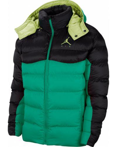 Зеленая дутая куртка с капюшоном на молнии Jordan