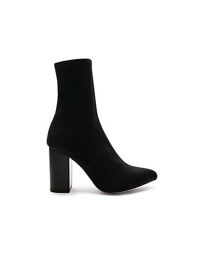 Ботинки на каблуке сапоги-чулки черные Raye