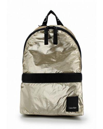 Рюкзак золотого цвета Calvin Klein Jeans
