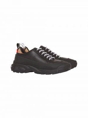 Czarne sneakersy skorzane Burberry Kids