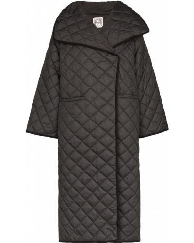 Длинное пальто стеганое тонкое TotÊme