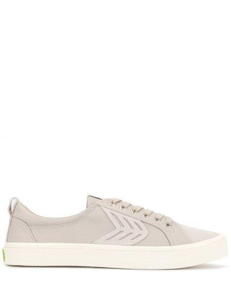Sneakersy sznurowane koronkowe bawełniane Cariuma