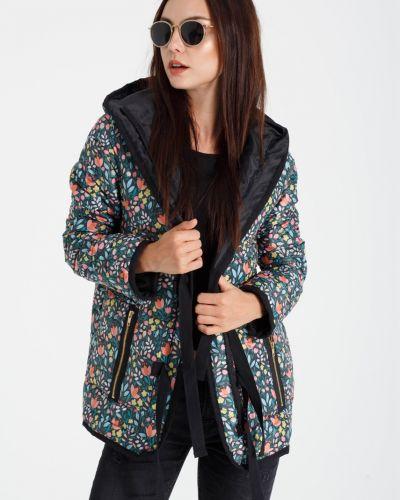 Куртка с капюшоном с карманами утепленная Naoko