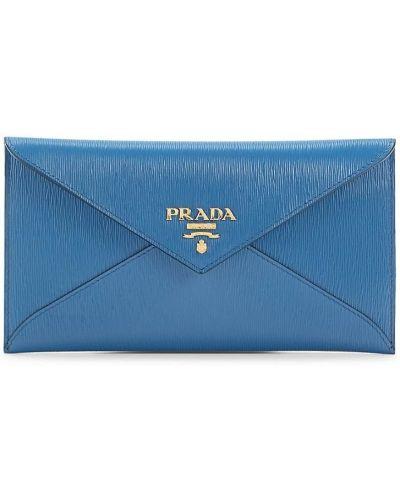 Синий кожаный клатч Prada