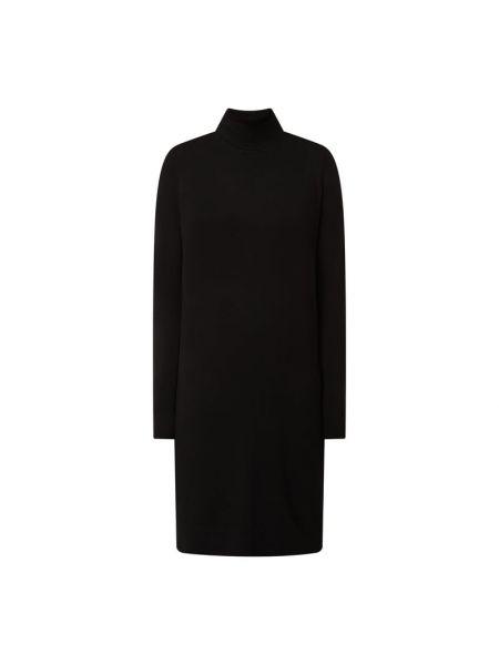 Czarna sukienka z wiskozy Vila