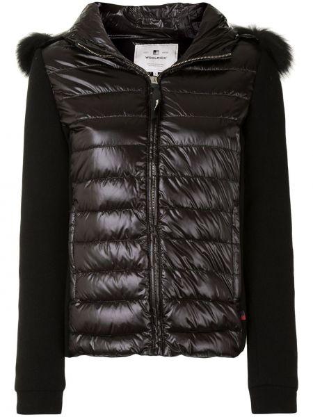 С рукавами классическая черная куртка с капюшоном с карманами Woolrich