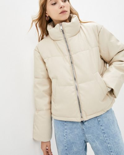 Бежевая зимняя куртка Incity