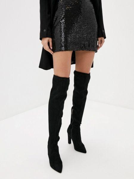 Черное платье Nice & Chic