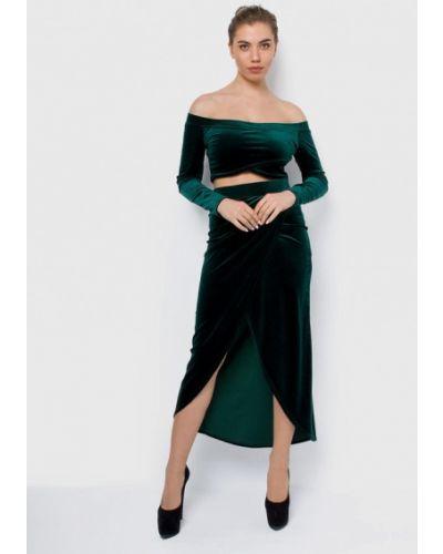 Юбочный костюм зеленый Malaeva