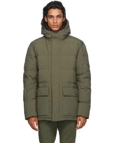 Nylon pikowana kurtka z kieszeniami z mankietami z łatami Norse Projects