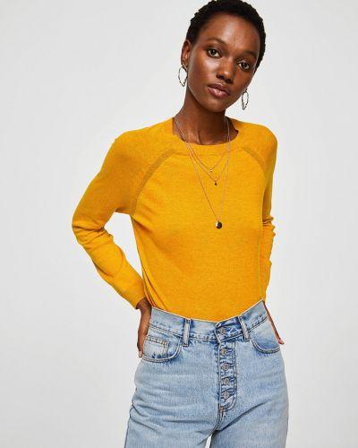 Желтый свитер в клетку Mango
