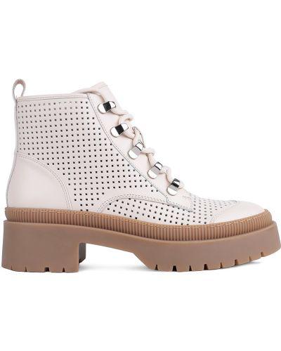 Бежевые ботинки Attizzare
