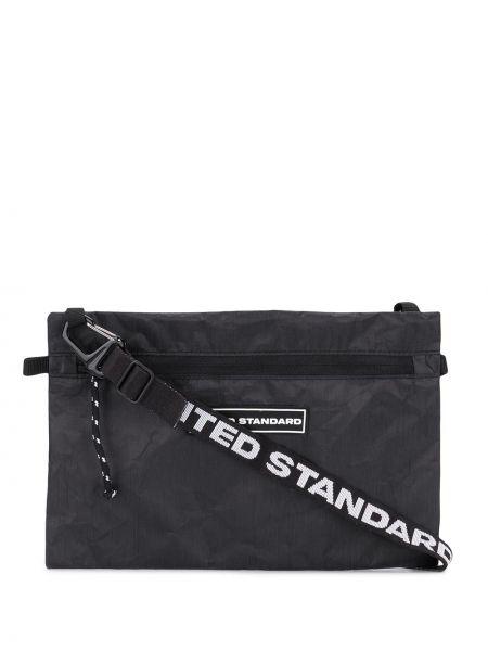 С ремешком черная сумка на плечо с заплатками United Standard
