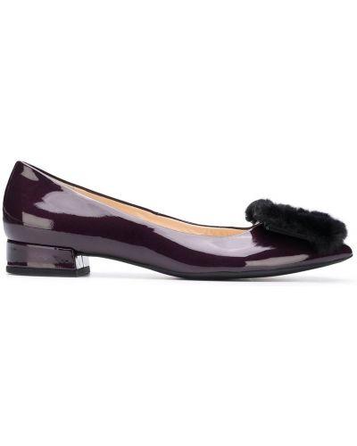 Кожаные фиолетовые балетки на каблуке Hogl