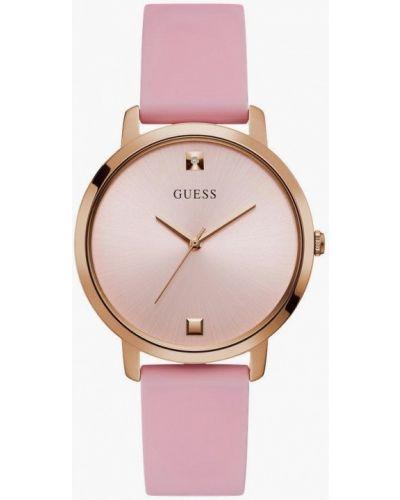 Розовые часы Guess