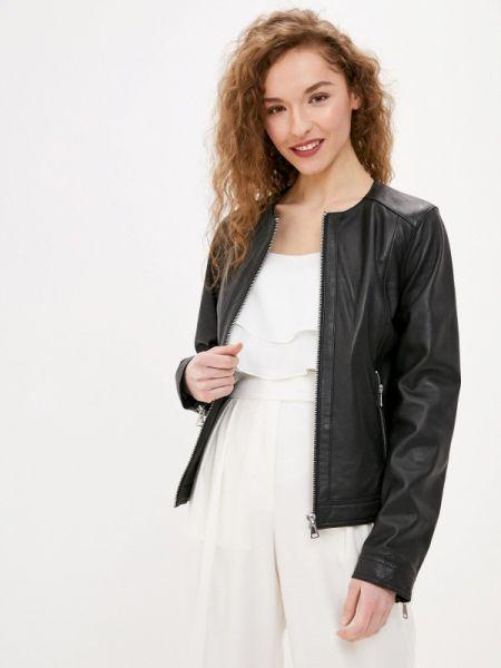 Кожаная куртка черная весенняя Oakwood