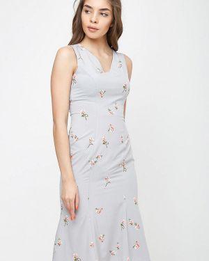 Платье серое прямое Sfn