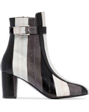 Черные ботинки на каблуке Newbark
