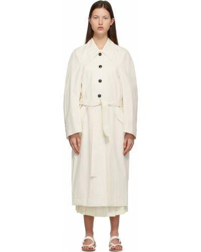 Klasyczny biały długi płaszcz z paskiem Low Classic
