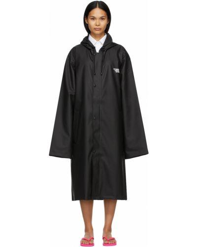 Czarny płaszcz przeciwdeszczowy z kapturem z długimi rękawami Vetements